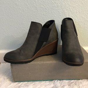Maurices Dark Gray Slip On Wedge Bootie Size 8 1/2